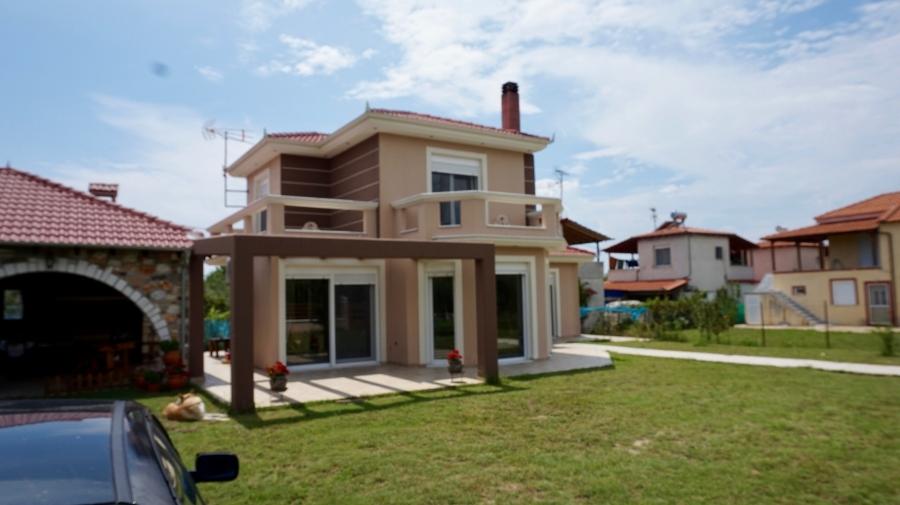 Самостоятелна къща под наем в Паралия Орфани, Кавала