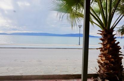 Επαγγελματικοί χώροι προς πώληση σε Παραλία  Οφρυνίου, Καβάλα