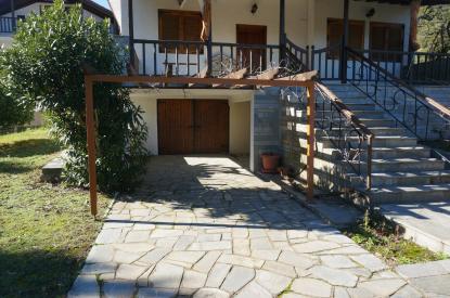 Самостоятелна къща за продажба в Неа Ираклица, Кавала