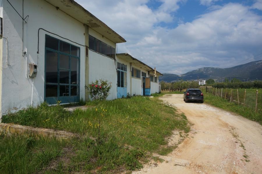 Бизнес имот за продажба в Хрисуполи, Кавала