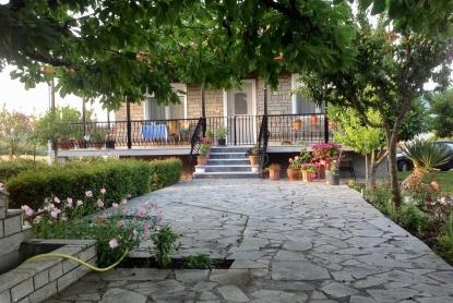Самостоятелна къща за продажба в Мавроталаса, Серес