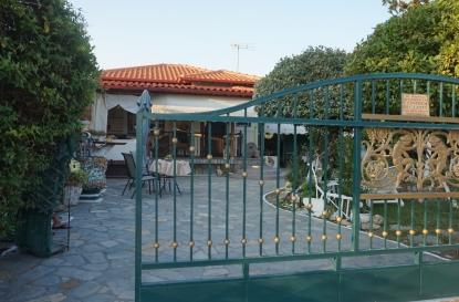 Самостоятелна къща за продажба в Паралия Офринио, Кавала