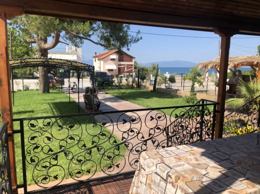 Detached house for sale in Paralia Kariani, Kavala