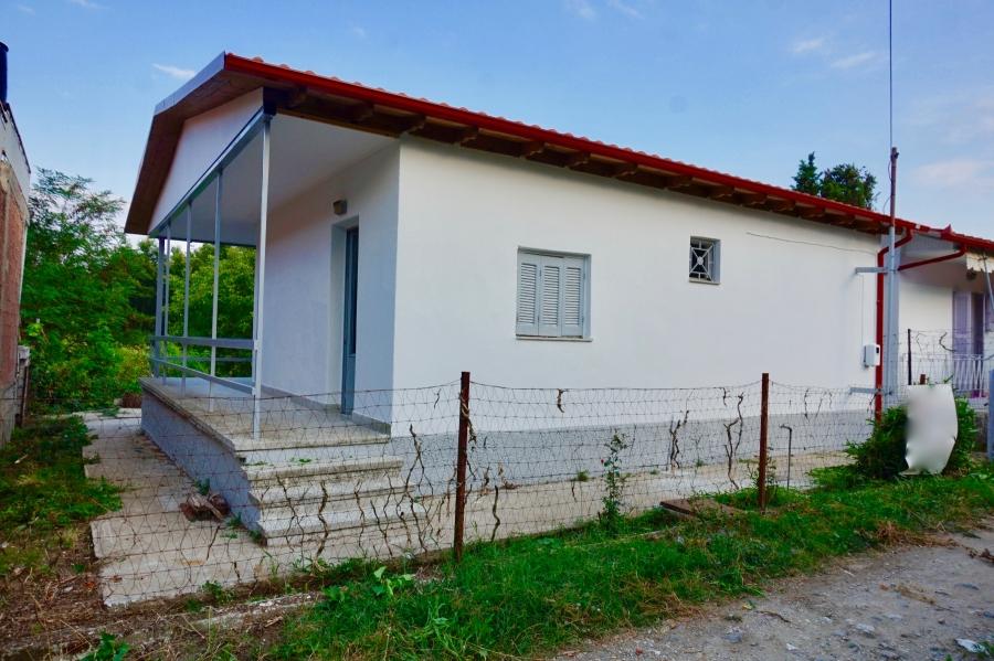 Самостоятелна къща за продажба в Серайки Акти, Солун (Тесалоники)