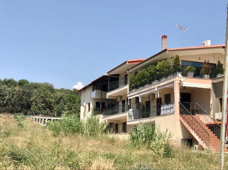 Апартамент за продажба в Паралия Карияни, Кавала
