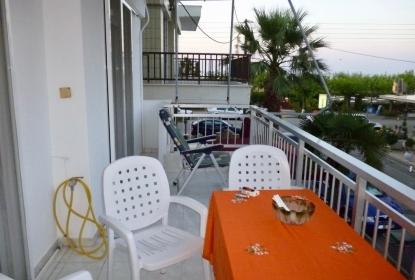 Апартамент за продажба в Неи Пори, Пиерия