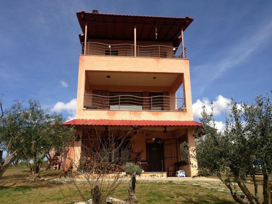 Самостоятелна къща за продажба в Офринио, Кавала
