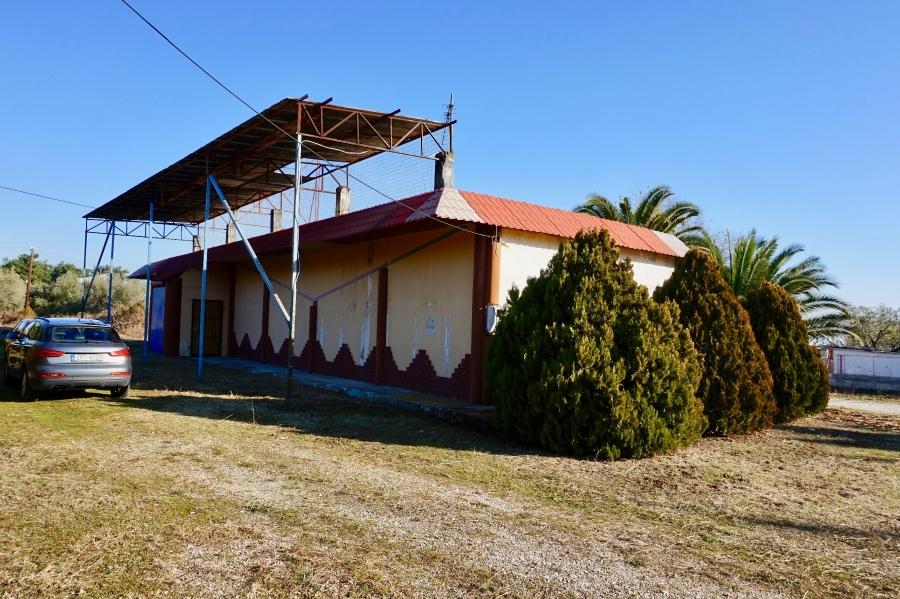 Επαγγελματικοί χώροι προς πώληση σε Παραλία Νέων Κερδυλίων, Σέρρες